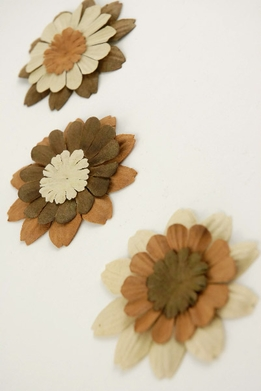 32 Zinnia Paper Petal Flowers Brown & Beige