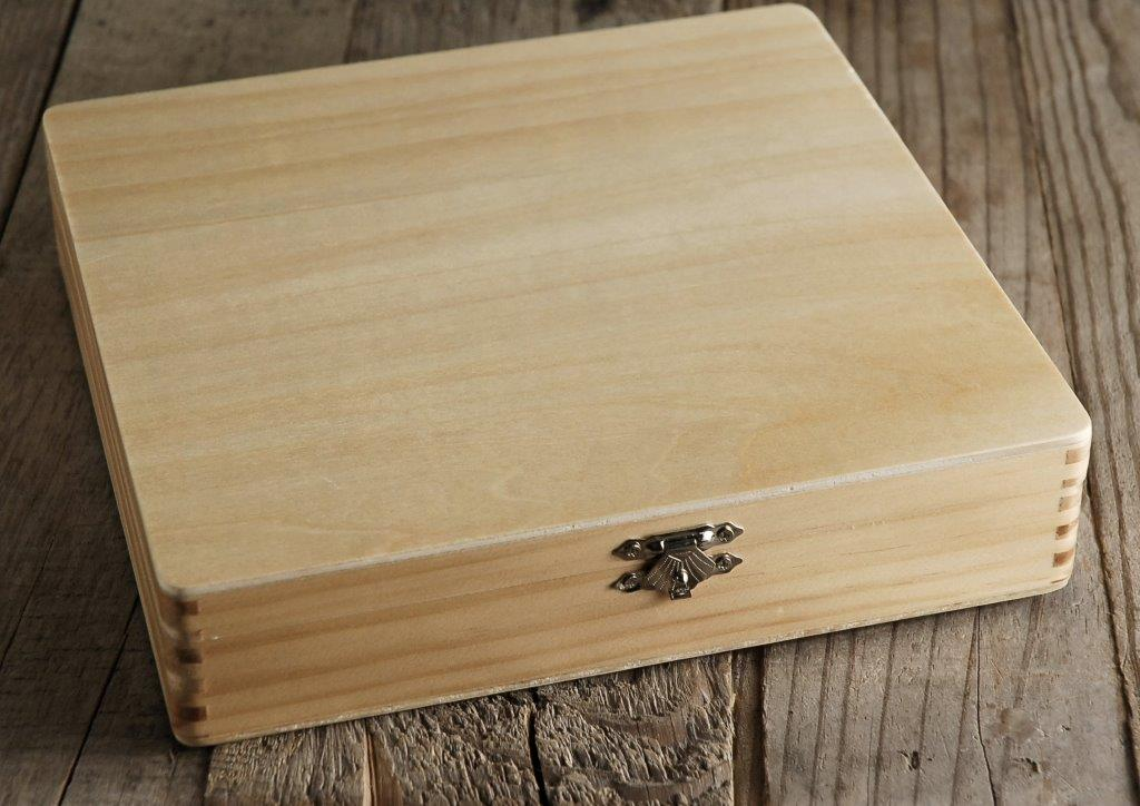 Lacquered Wood Cigar Box