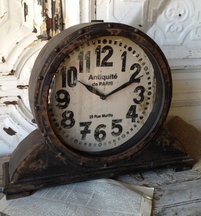 Antiquite de Paris Mantel Clock