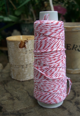 Bakers Twine Red & White 100 yds
