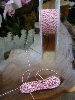 Bakers Twine Red & White 120 feet