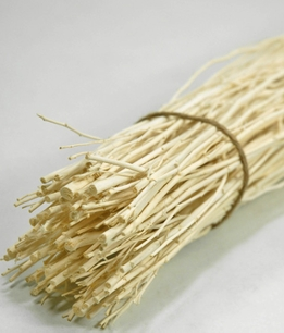 "Bleached Sticks Natural 20"" (60 - 70 pieces/ bundle)"