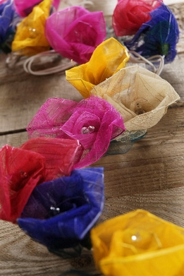 Bodhi Leaf Rose String Lights | Multicolor