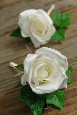 Boutonnieres White Silk Roses with Pins (Set of 2)