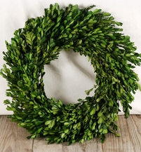 Natural Boxwood Wreath 16in