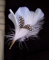 Buttonholes Boutonni�re Black & White Quail Feathers