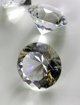 Clear Glass Diamonds 1.5 in