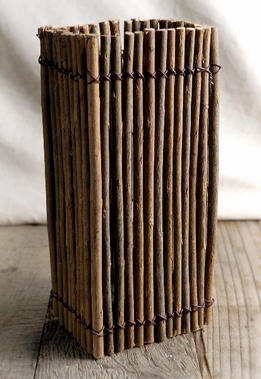 Curly Willow Twig Vase 9in