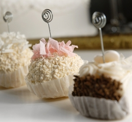 Dessert Menu Holder Faux Petite Deserts w/ Clips Assorted (4 cupcakes)