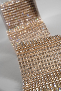 "Diamond Ribbon with Stones 2.75"" width Gold Setting 41"""