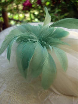 Feather Flowers Aim_e Sage Green & White Flower