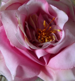 "Floating Natural Touch Pink Tea Roses (4 3/4"")"