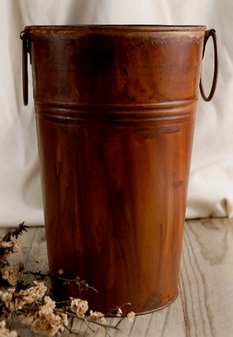 Stained Rust Finish French Flower Market Bucket