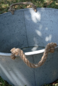 Galvanized Metal Tub with Rope Handles Large 25 in.