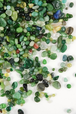Green Assorted Glass Pebbles 46 ounces