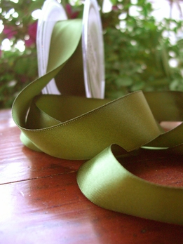 "Green Pine Double Face Satin Ribbon 1"" width 9 yards"