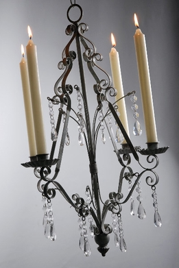 Hanging candle holders & chandeliers