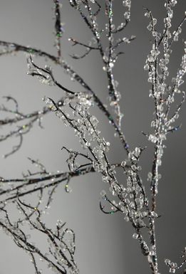 Iced Branches Artificial 60 in. Garland