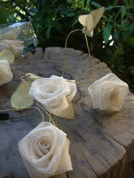 Ivory Rolled Roses with Gold Glitter Ribbon Garland 9 ft