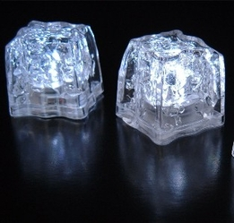 Light Ice Cubes White LED (8 cubes)