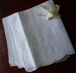 MAID OF HONOR Wedding Hankie embroidered