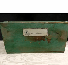 Belle Jardiniere Wood Planter Box 11in