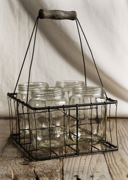 Mason Jars in Chicken Wire Basket (4 Jars)