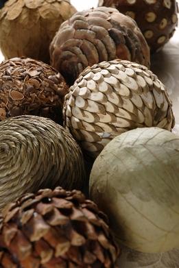 "Natural Deco Balls Assortment 4"" balls (8 balls) Wood, Pinecones, Leaves, Roping"