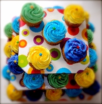 Petite Square Cupcaketree -hold up to 40 cupcakes $12