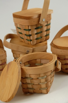 "Picnic Baskets Miniature 3"" Wood with Lids"