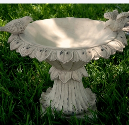 Polystone Bird Bath