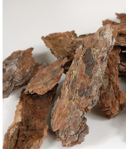Ponderosa Pine Puzzle Bark Tree Pieces Natural (1/2 lb / pkg)