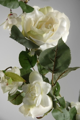 Rose Garlands White 6 foot Silk Garland