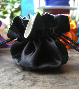 "Satin Favor Bags Reversible 2.5"" Black & White (12 bags)"