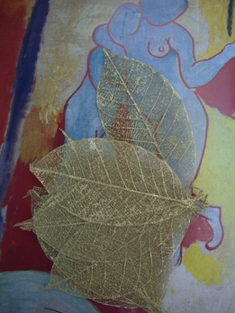 "Skeleton Rubber Tree Leaves 3""-3.5"" Gold Metallic (pkg/10 leaves)"