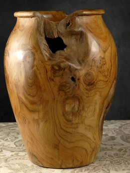 Teak Burl Wood Varnished Vase 9x14 .