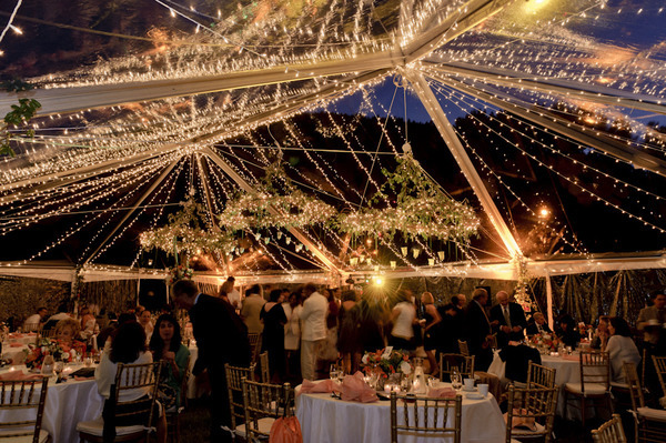 Hanging Outdoor Christmas Lights picture on hanging centerpiece ideas for weddings with Hanging Outdoor Christmas Lights, Outdoor Lighting ideas 3e0de21930c6e2fe78ffbc484752cbe3