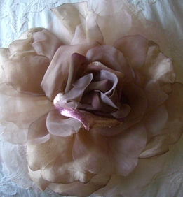 "Vintage 15"" Chiffon, Organdy & Silk Caramel & Purple Rose"