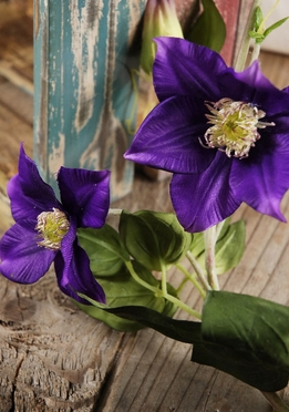"Violet Deep Purple Silk Clematis 48"" Garland"