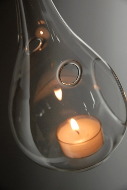 Hanging Teardrop Tealight Holder