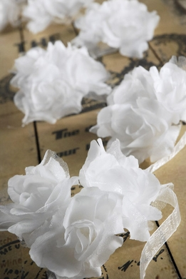 White Rose Ribbon Garlands 5 feet