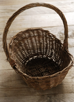 Willow Basket 10 in With Handle