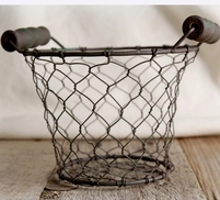 Chicken Wire Basket with Wood Handles 5in
