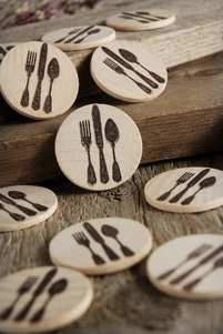 "Wood Circles Silverware Medallion 1.5"" (12 pieces)"