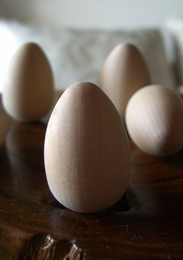 "Wood Eggs Solid Wood 1-5/16"" (25 eggs)"