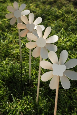 "Wood Pinwheels 18.5"" tall (set of 4)"