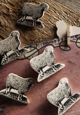 Wood Sheep Clothespin Clips (pkg 6)