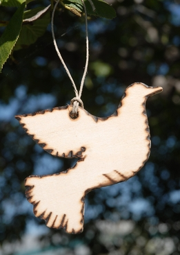 "Wood Tags 4"" Wood Dove (6 tags/pkg)"