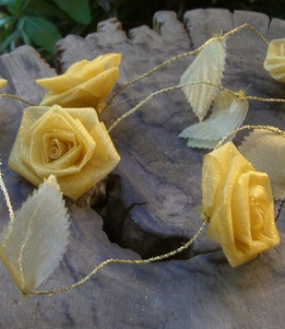 Yellow Rolled Rose 9' garland