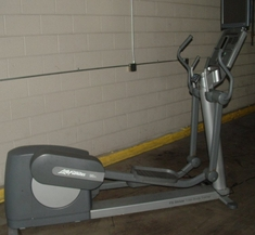 Life Fitness 95Xi Elliptical Crosstrainer with TV